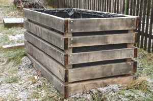 a compost bin is starting compost in winter
